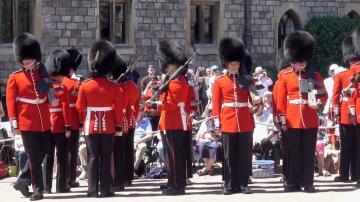 Bild zu Windsor Gardisten