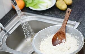 Diesen Fehler sollten Sie beim Kochen von Reis unbedingt vermeiden.