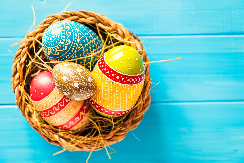 Bild zu ostern, basteln, dekoration, ostereier, kreativität, kinder, osterhase, eier, diy