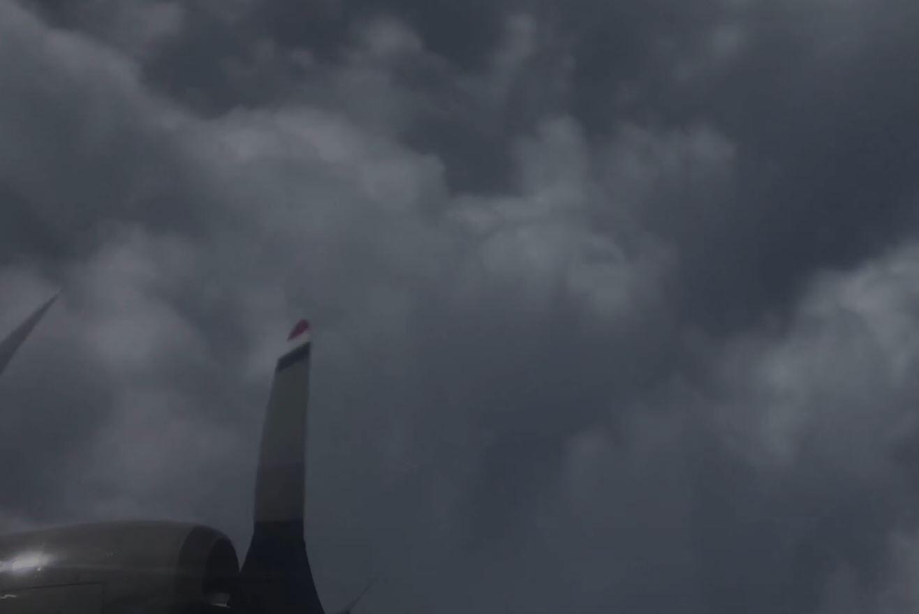 Bild zu Im Auge von Hurrikan Dorian
