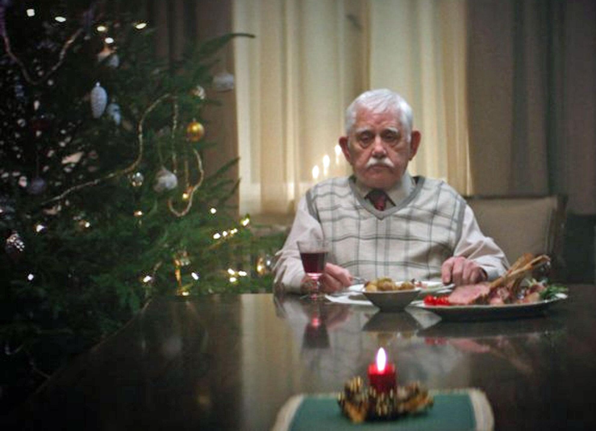 Bild zu Edeka Weihnachtswerbung