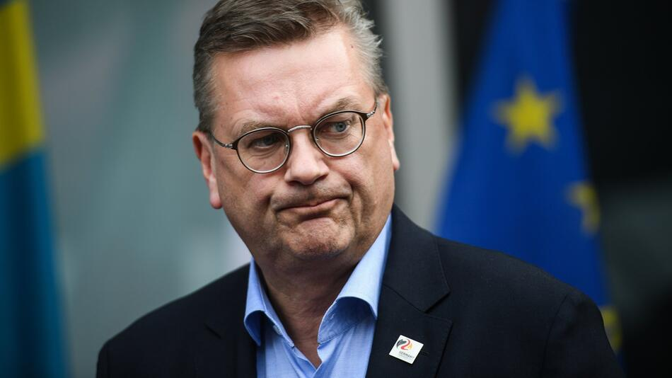 Reinhard Grindel, DFB-Präsident