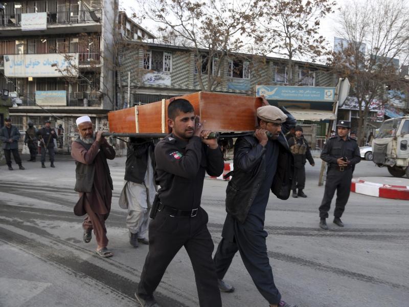 Bild zu Beerdigung