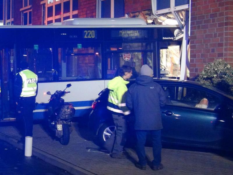 Bild zu Unfall in Alsdorf