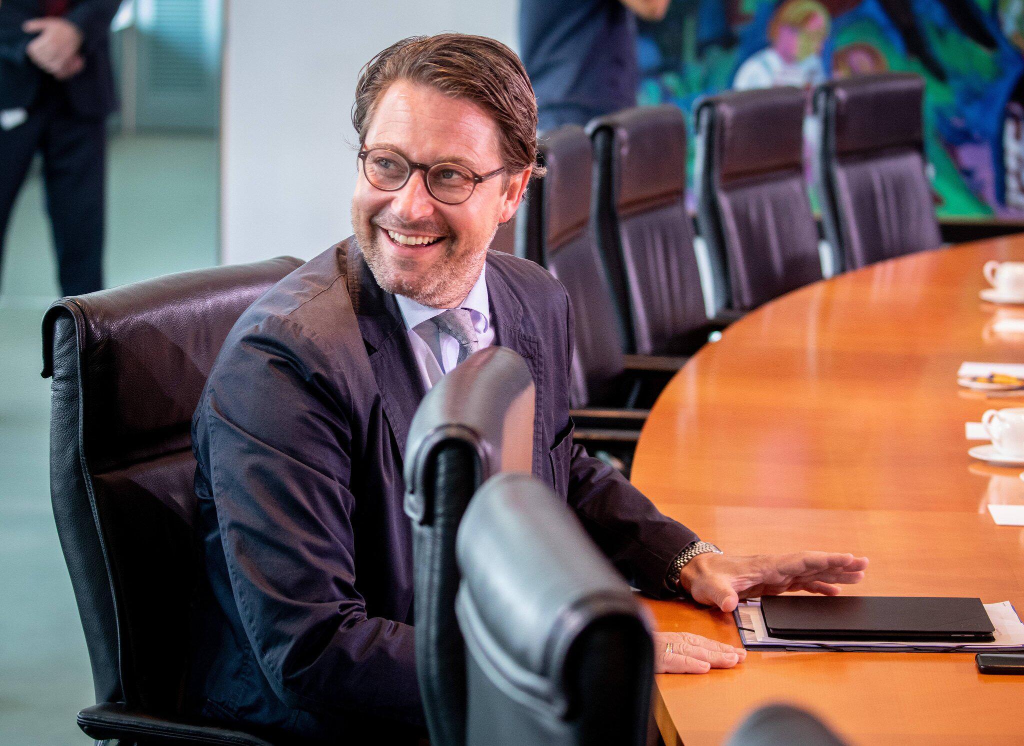 Bild zu Kabinettssitzung