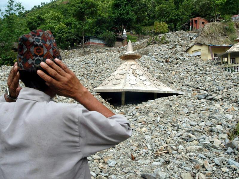 Bild zu Erdrutsch in Nepal