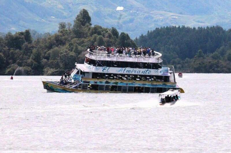 Schiffsunglück in Kolumbien