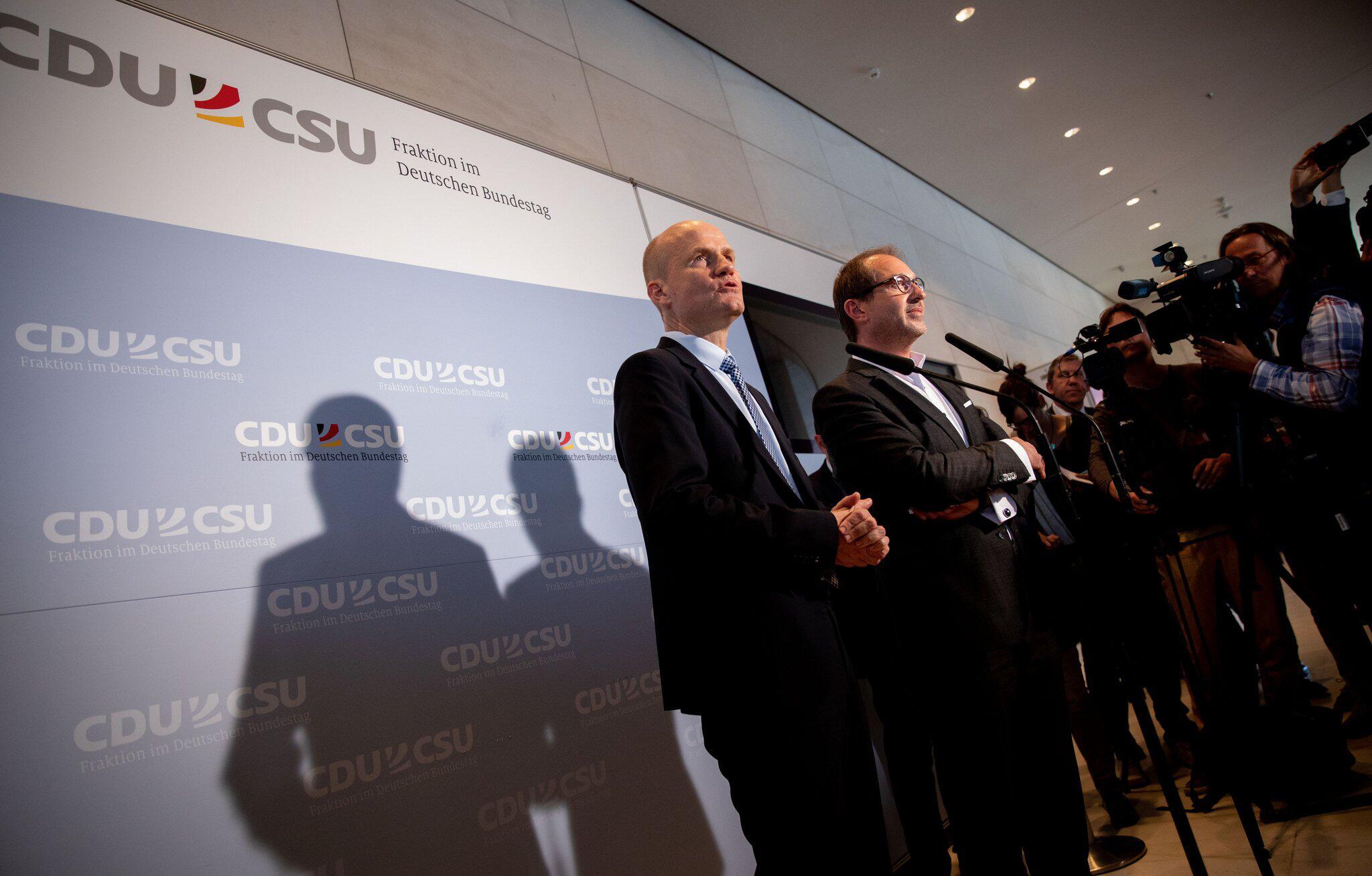 Bild zu Ralph Brinkhaus, Alexander Dobrindt, Union, CDU, CSU, Bundestagsfraktion
