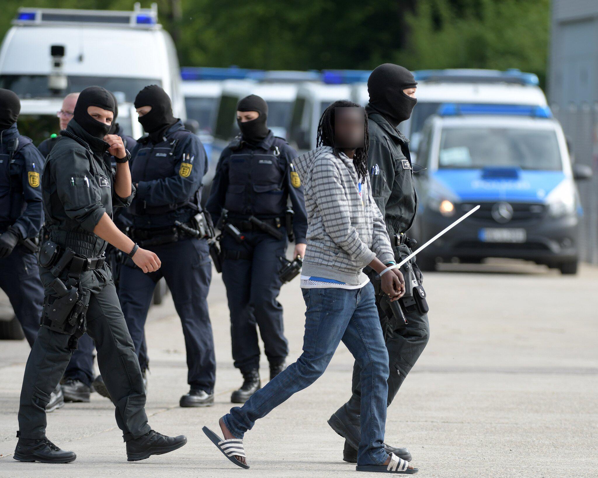 Bild zu Polizei, Ellwangen, Flüchtling, Togo