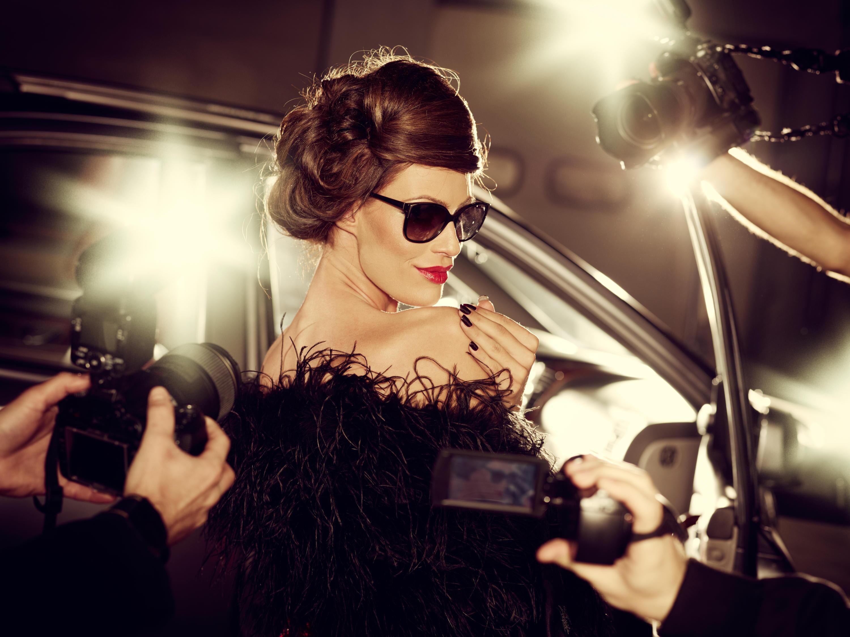 Bild zu stars, produkte, kosmetik, kleidung, mode, alkohol, ryan reynolds, kim kardashian, rihanna