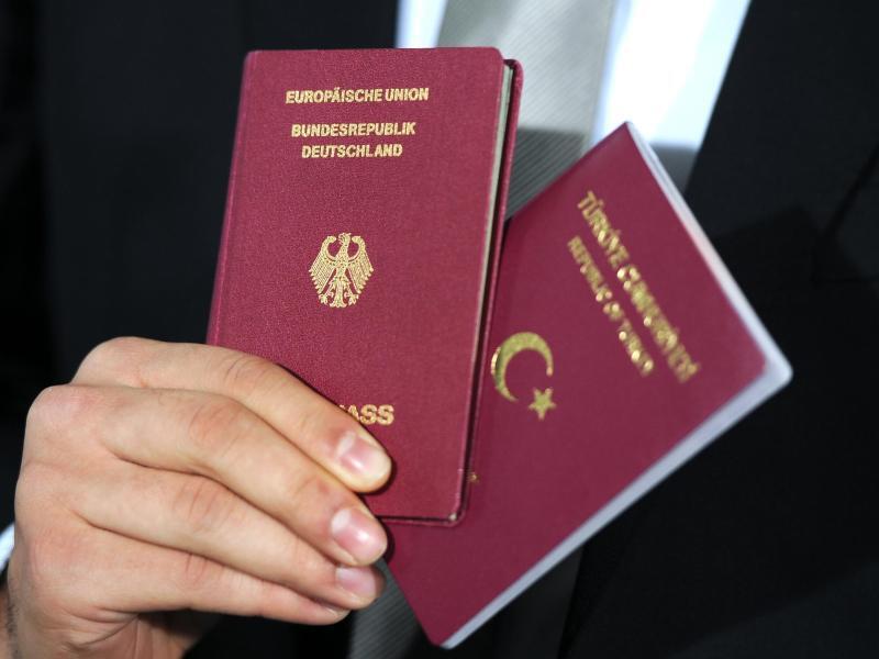 Bild zu Doppelte Staatsbürgerschaft