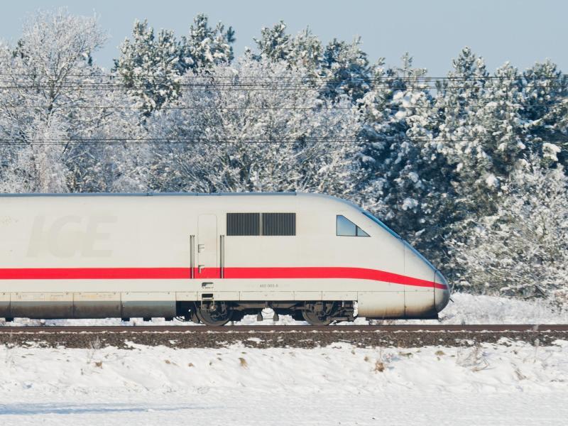 Bild zu ICE im Winter
