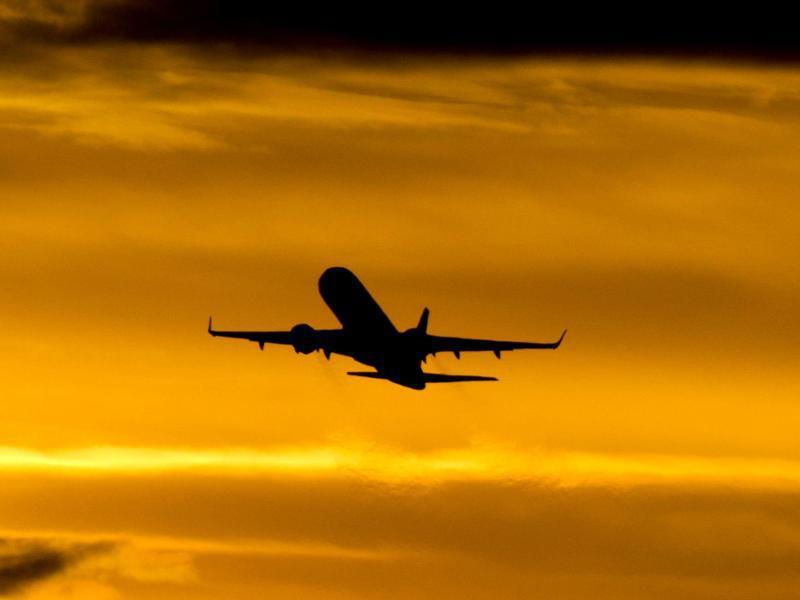 Bild zu Flugzeug verspätet sich