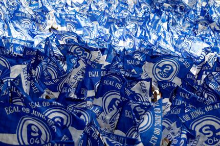 FC Schalke 04, Fahnen