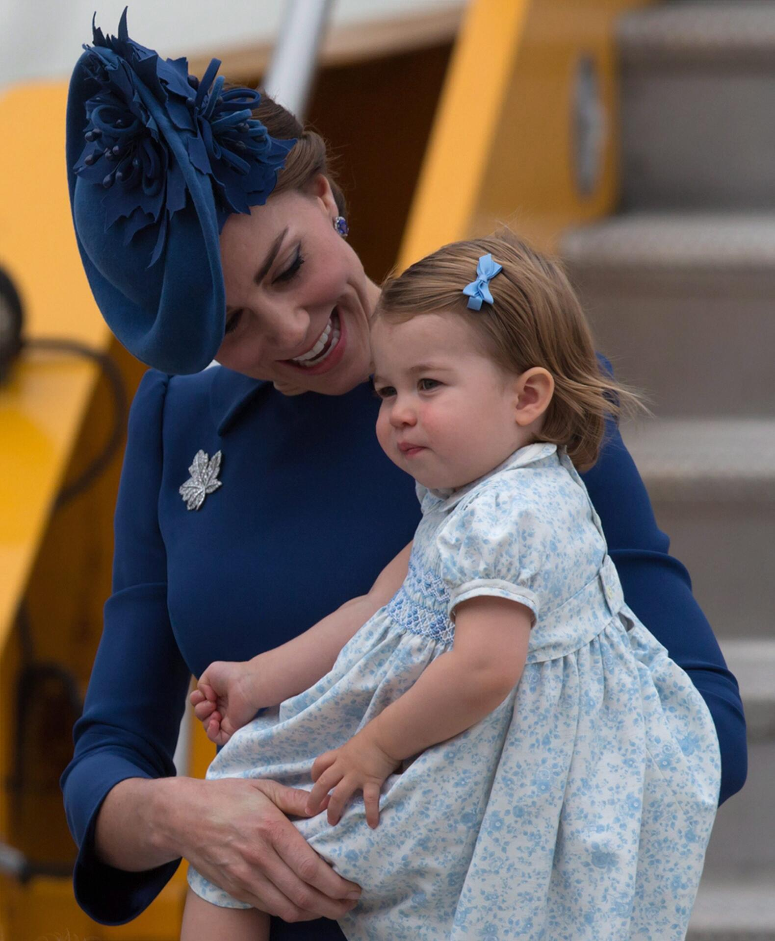 Bild zu Herzogin Kate, Prinzessin Charlotte