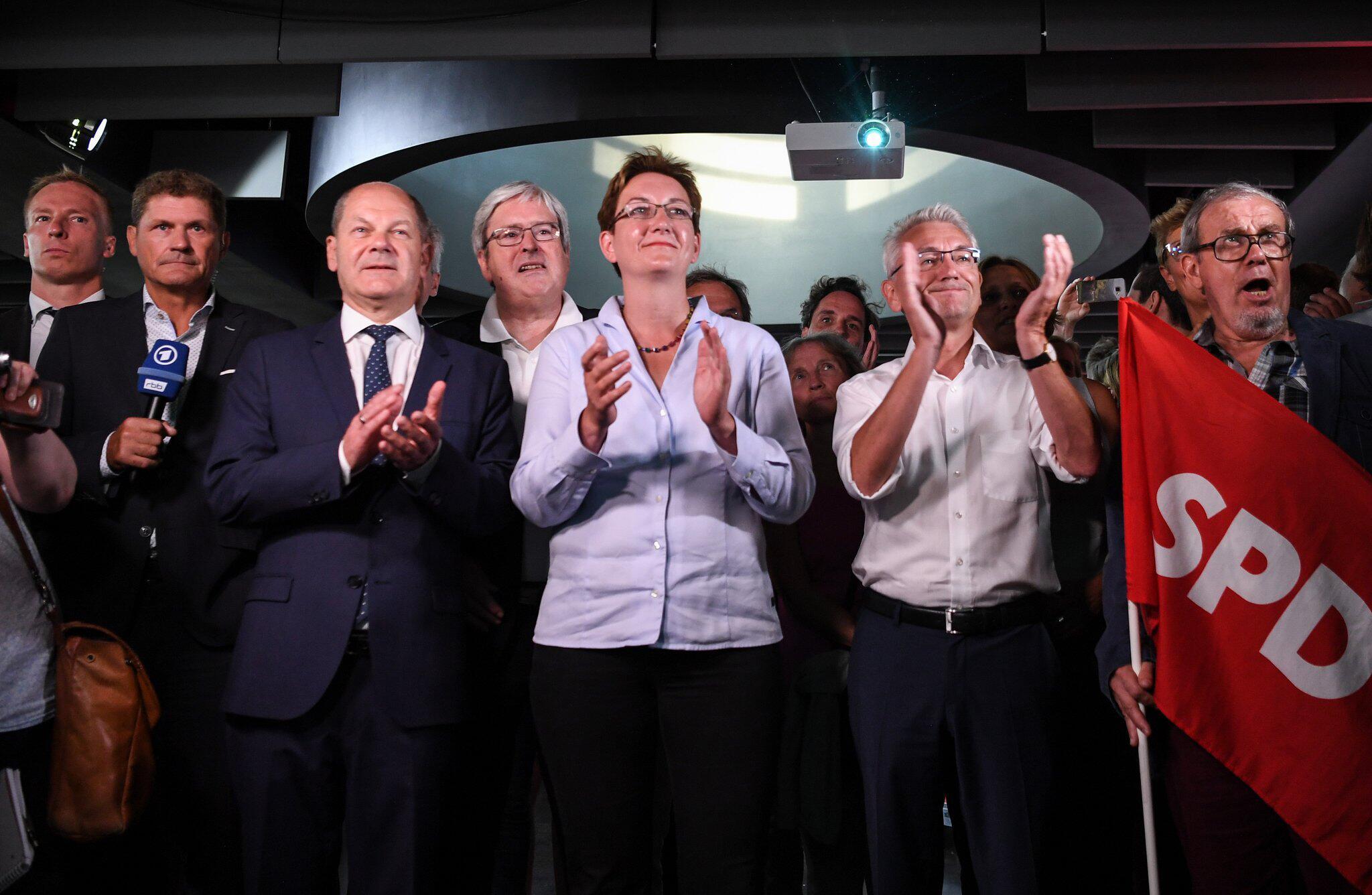 Bild zu Brandenburg Wahl-Party