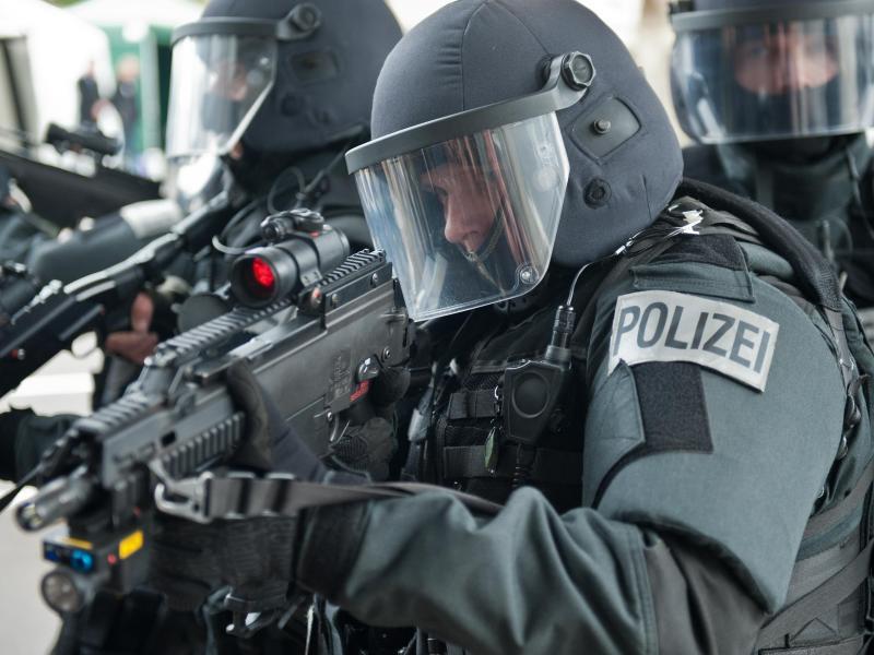 Bild zu Spezialeinsatzkommando