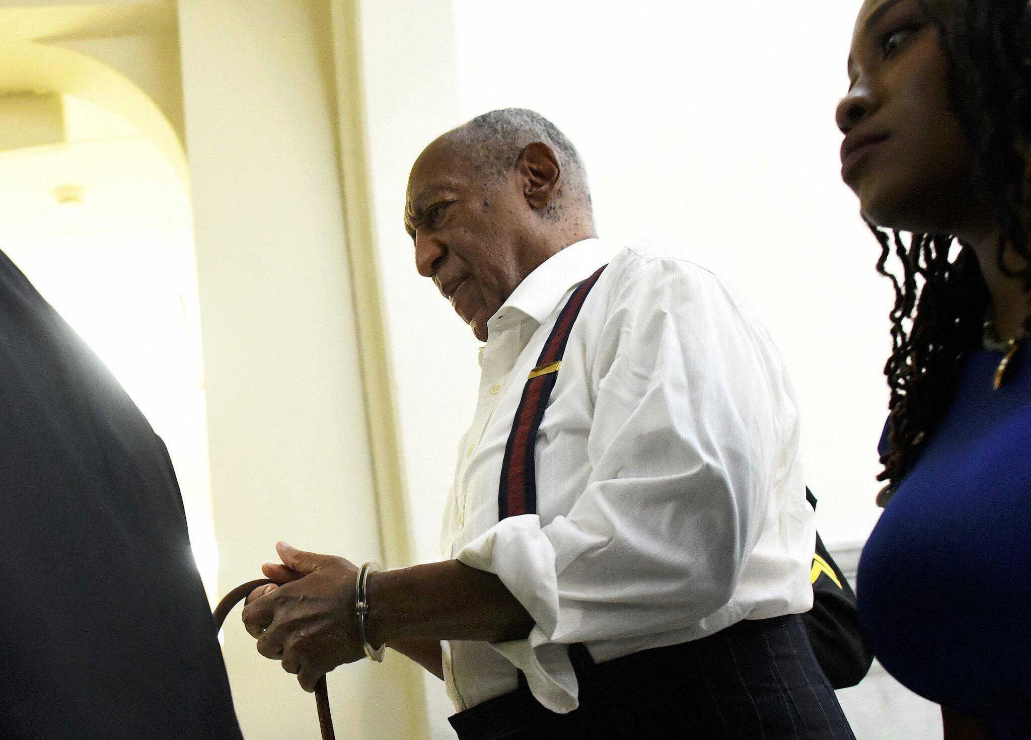 Bild zu Bill Cosby, Haft, Handschellen