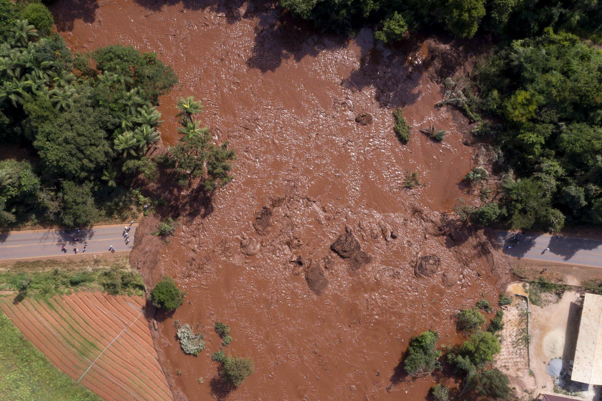 Bild zu Dammbruch in Brasilien