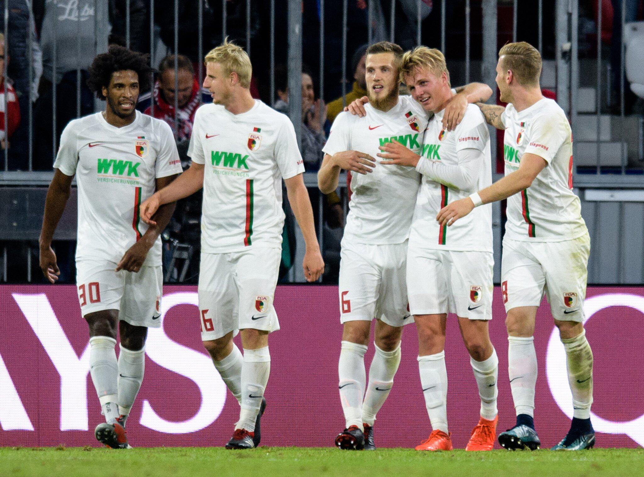 Bild zu Bayern München - FC Augsburg, Bundesliga, Felix Götze