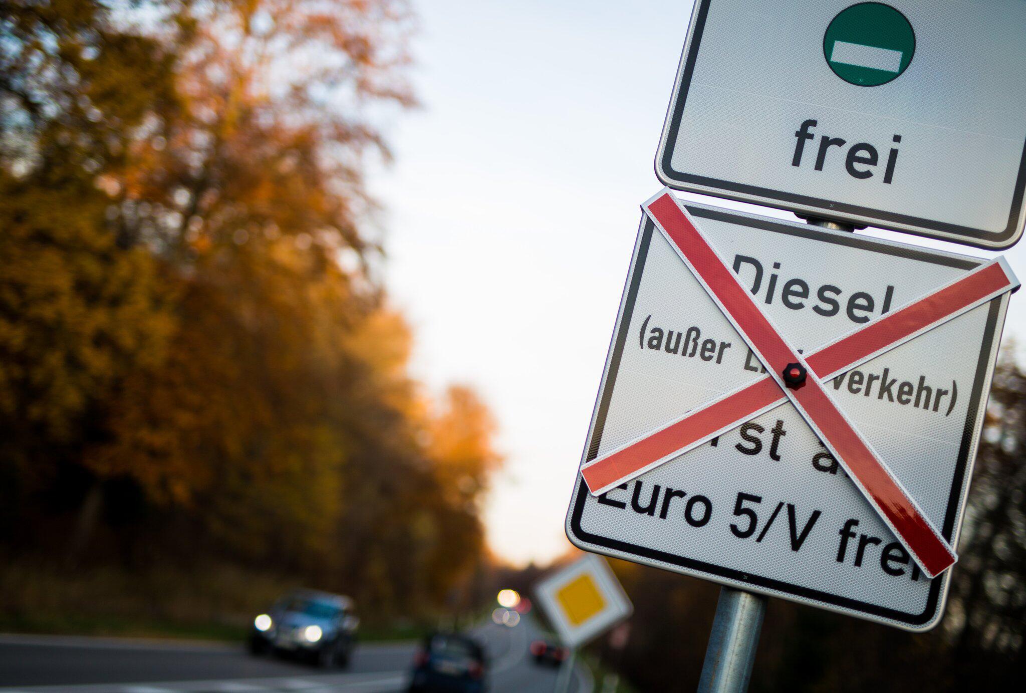 Bild zu Driving ban for old diesel vehicles