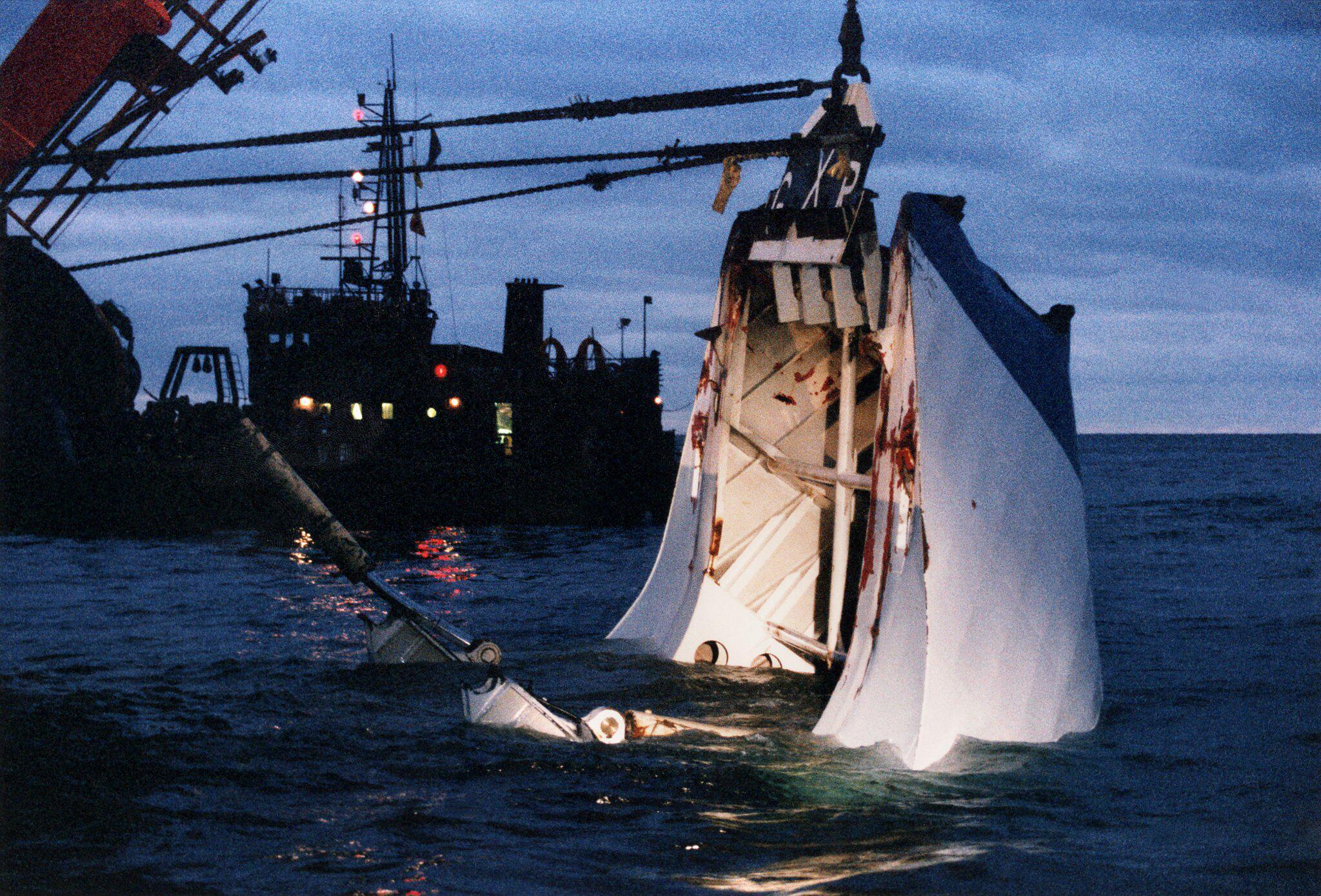 Bild zu 25 Jahre «Estonia»-Katastrophe