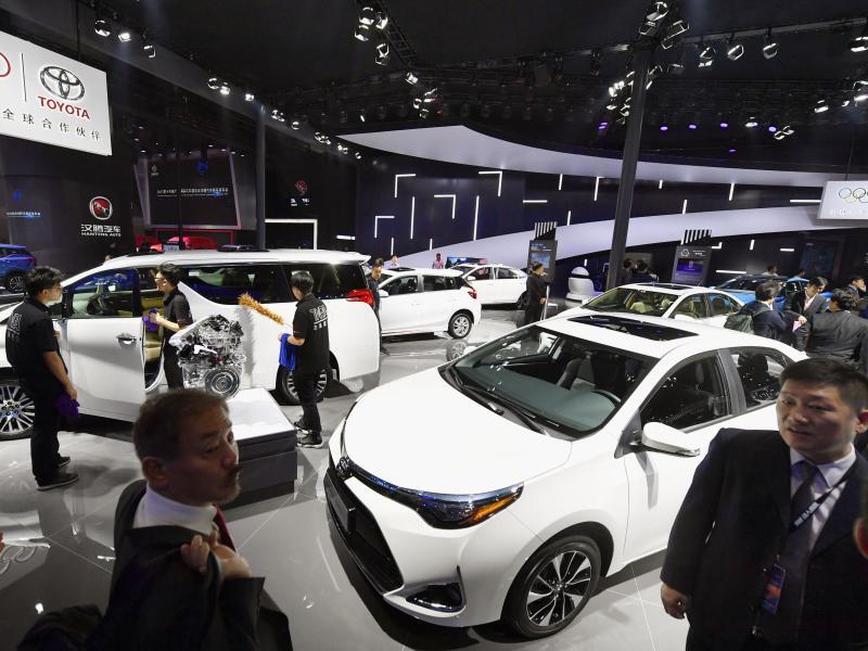 Bild zu E-Autos