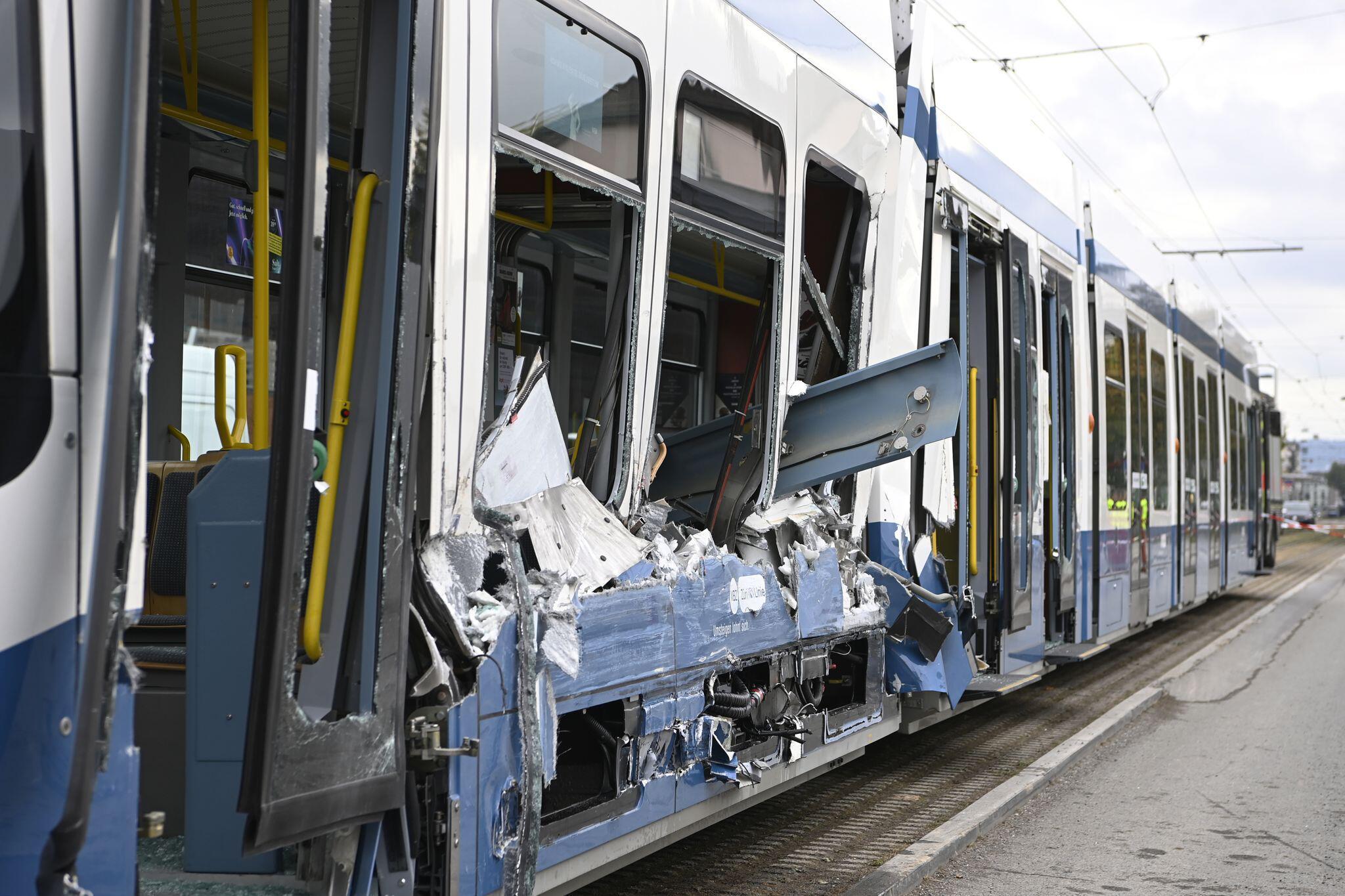 Bild zu Straßenbahnunfall in Zürich