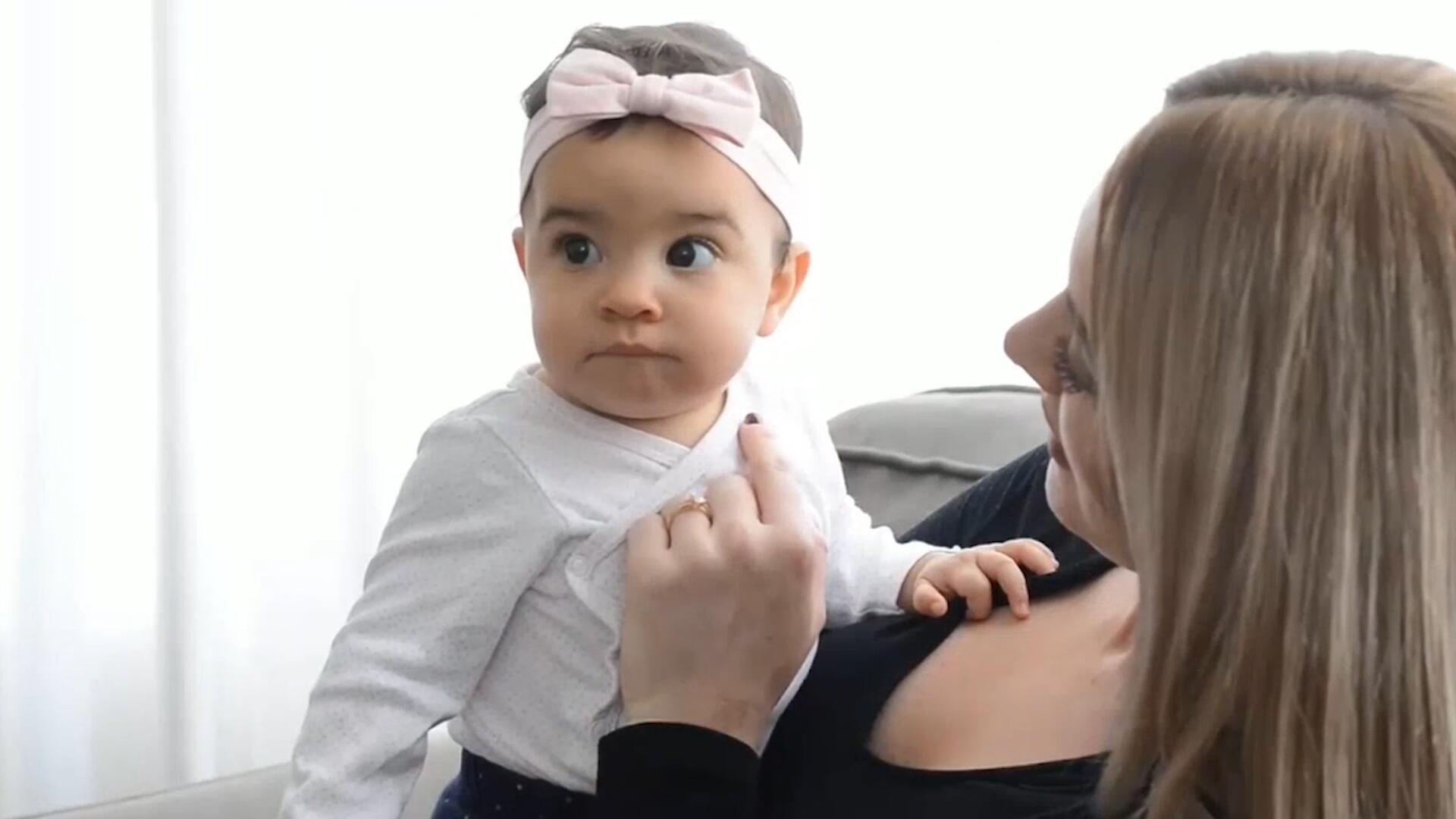 Bild zu Mutter lässt sich Brüste vergrössern - um ihr Kind stillen zu können
