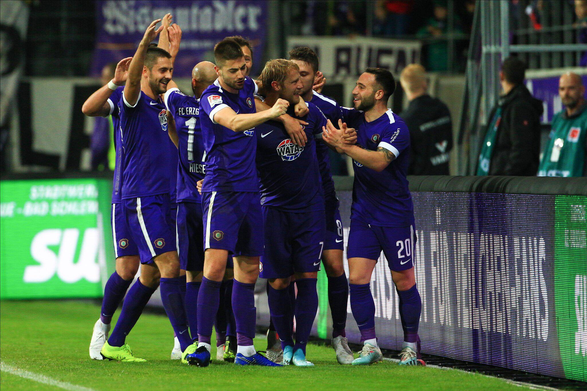 Bild zu Erzgebirge Aue - 1. FC Nürnberg