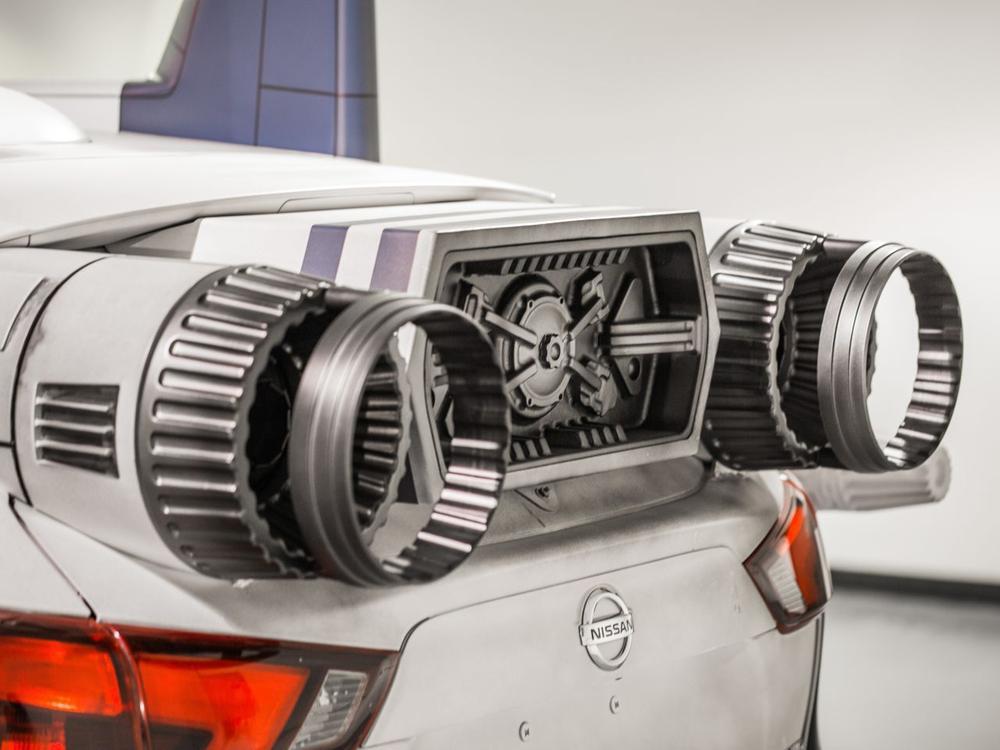 """Bild zu Nissan Rogue Sport """"A-Wing Fighter"""""""
